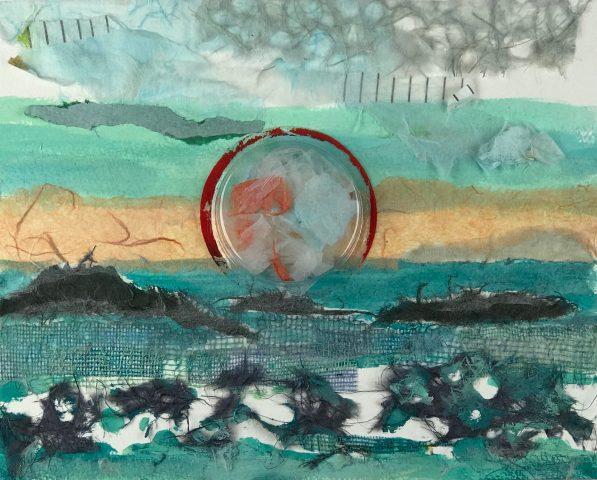 ENTARDECERES 2 / Colagem com papel washi </br> <em>SUNSETS 2 / Collage with washi paper</em> </br> 20 x 20 cm </br> 2017