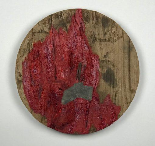 S/ TÍTULO / Madeira, ferro chumbo e tinta a óleo </br> <em>UNTITLED / Wood, iron, lead and oil paint</em> </br> 43,5 x 25 cm </br> 2016